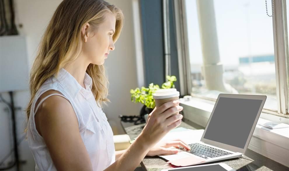 Claves para hacer tu jornada de trabajo en casa más entretenida