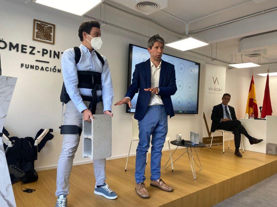 Exoesqueletos para construcción: Vía Ágora se apunta a la innovación