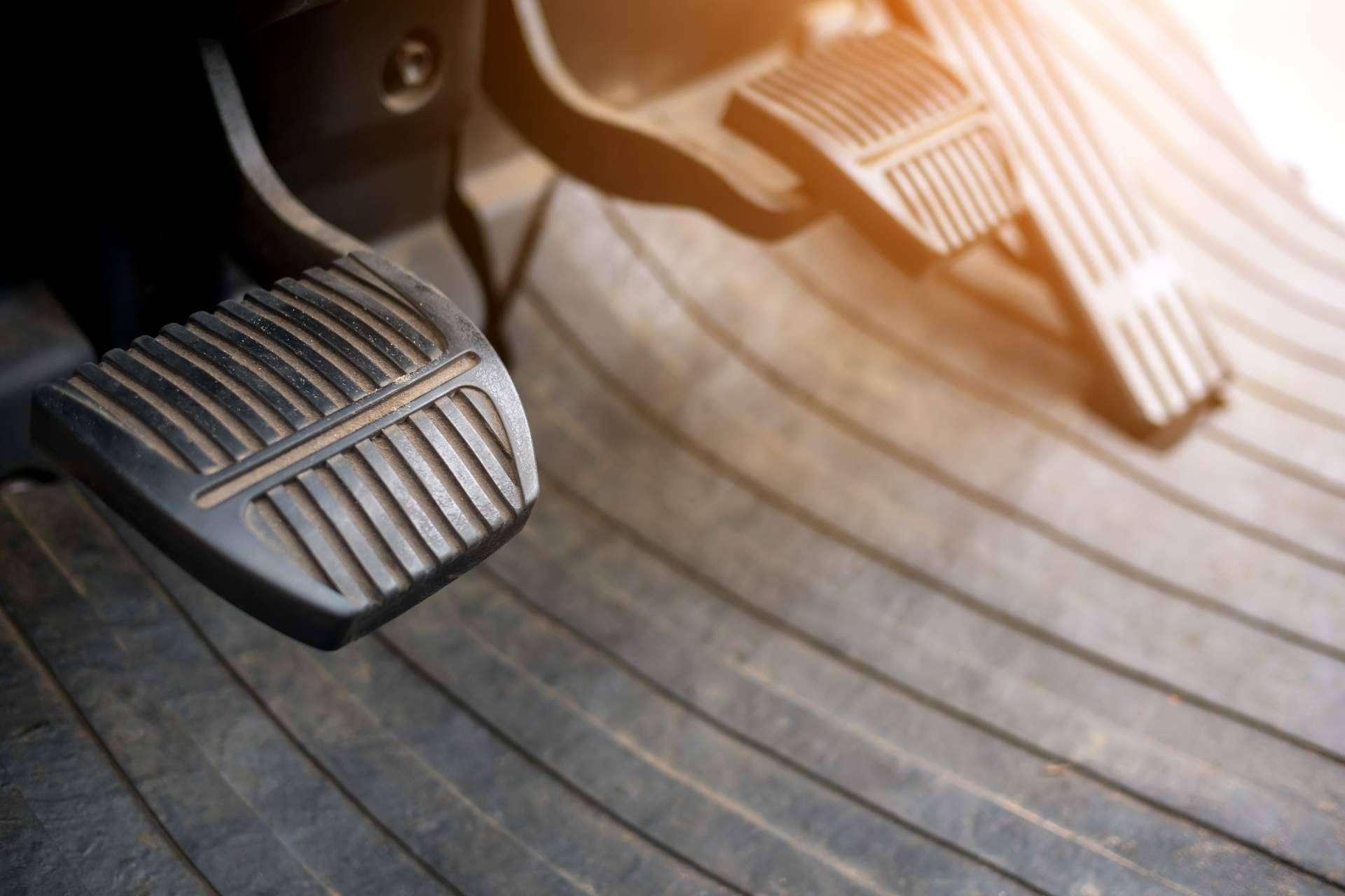 Encontrar embragues baratos para coches en Badalona en el taller Cambio de Embrague