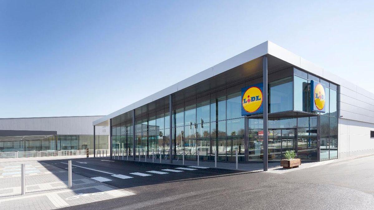 Lidl rebaja a 17,99 euros el producto que sirve como asiento y almacén