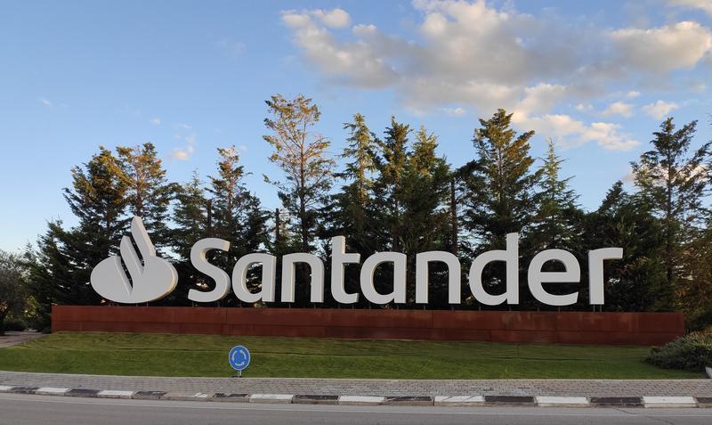 Santander Río dejará de cotizar en la Bolsa argentina