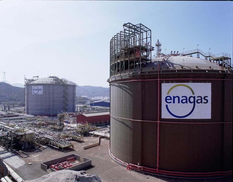 Enagás asigna otros 23 slots para la descarga de buques en las plantas de GNL