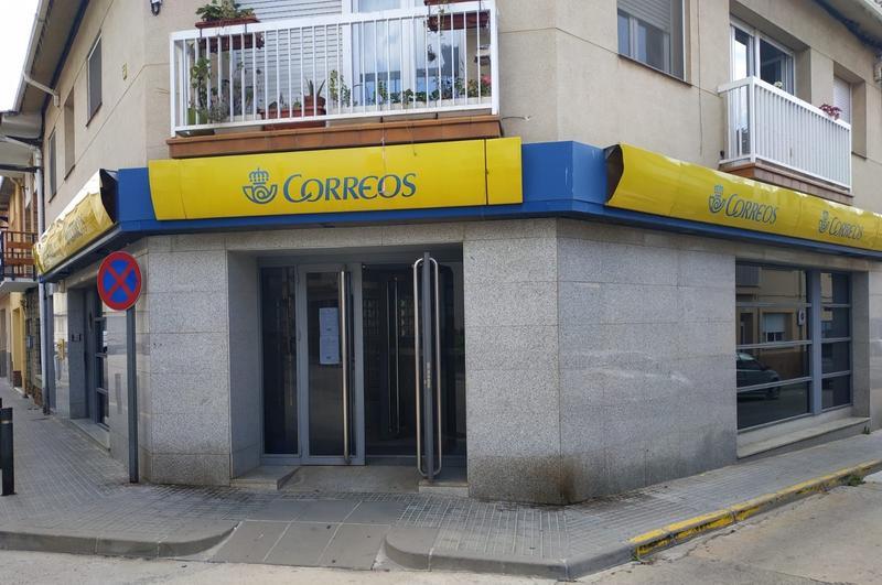 Correos ofertará la luz y gas de Repsol en sus más de 1.000 oficinas