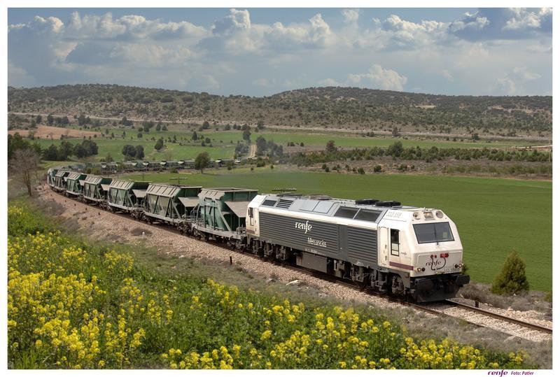 Transportes lanza la iniciativa Mercancías 30 para duplicar la cuota de transporte por ferrocarril