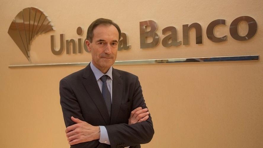 Manuel Menéndez enturbia la negociación del ERE de Unicaja